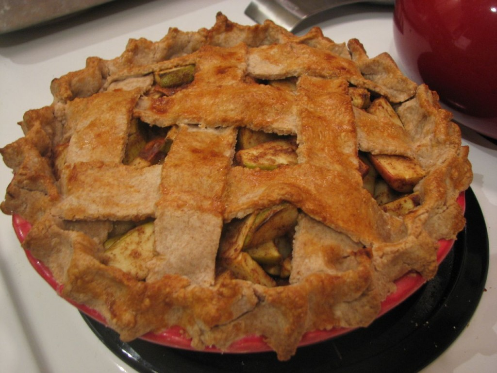 Molasses Spice Apple Pie